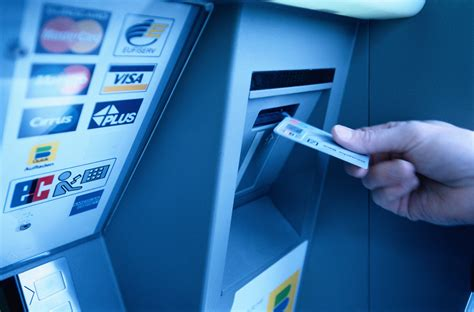 make a visa card how to use a debit card at an atm