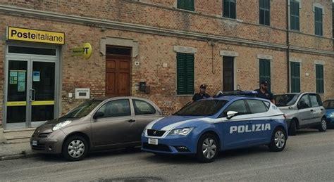 ufficio postale osimo armati di pistola tentano la rapina all ufficio postale