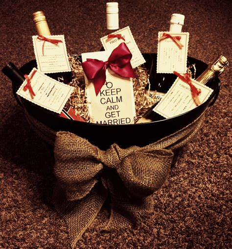 Gift For A Bridal Shower by Bridal Shower Gift Basket The Crafty Crafter