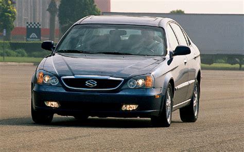 2004 suzuki verona headlight photo motor trend magazine 2004 suzuki verona sedan front left side photo 24