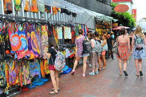 Patung Souvenir Militer bangkok beats as world s top travel destination