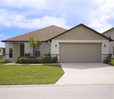 3 bedroom house with pool for rent 3 bedroom house for rent in kissimmee fl totanus net