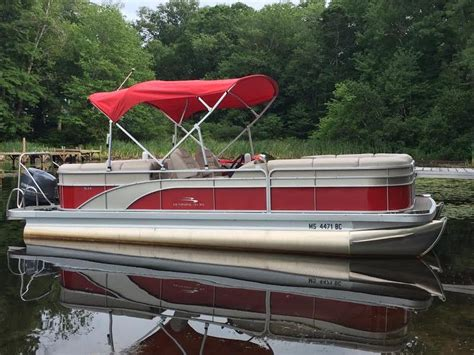 used pontoon boats massachusetts 2014 bennington 2075 pontoon powerboat for sale in