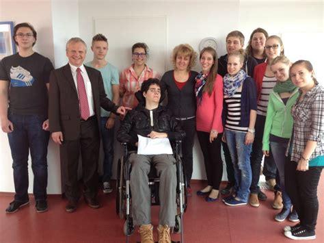 Gelang Terapi Martin vienna business school akademiestrasse gesundheit und