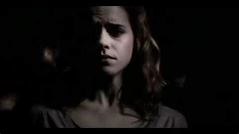 emma watson crying hermione cries half blood prince dumbledore 180 s funeral