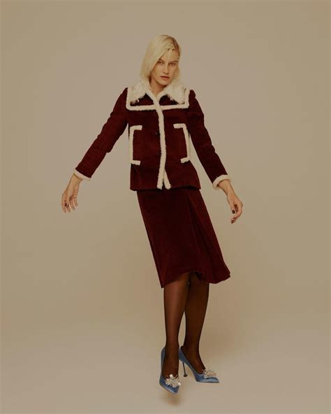 Magenta Miu Miu Coat For Fall by Matchesfashion The Style Report Miu Miu Pre Fall 2017