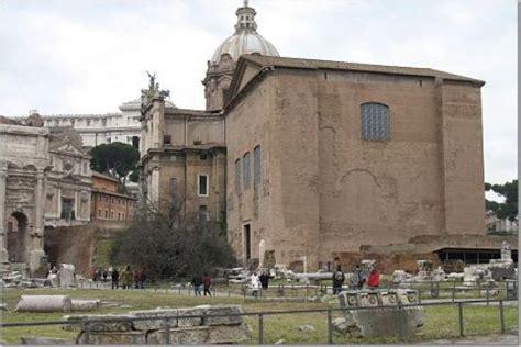 roman senate house senate house picture of palatine hill rome tripadvisor