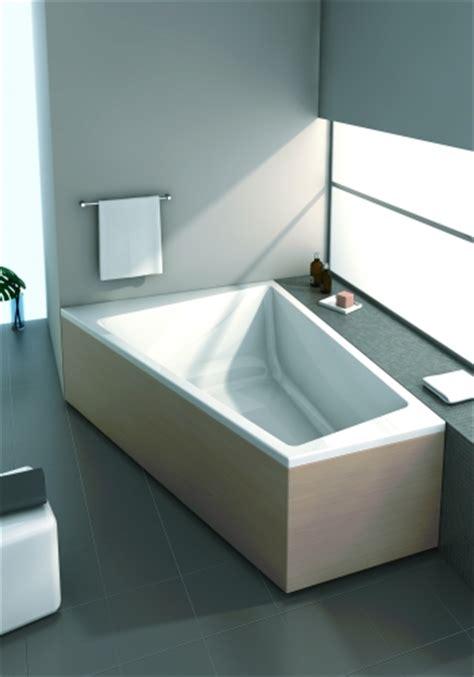 badewanne einbauen lassen eckbadewanne einbauen und eine menge platz sparen