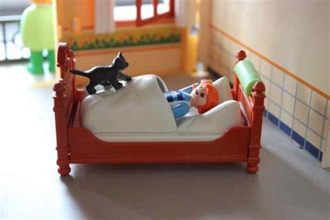 katze kotet ins bett darf deine katze mit ins bett katzen und familie