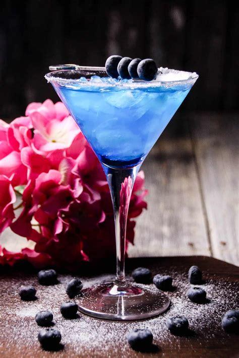 blueberry margarita blueberry margarita cocktail diycandy com