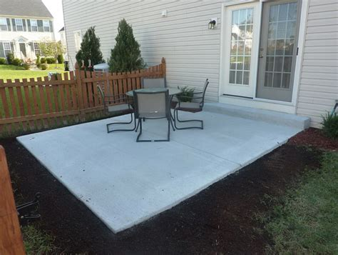Cost To Build A Concrete Patio by Backyard Concrete Patio Cost Home Design Ideas