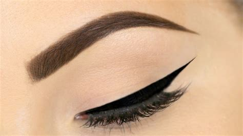 perfect winged eyeliner tutorial youtube perfect winged eyeliner the ultimate guide