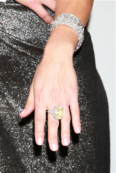 natalie morales jewelry looks stylebistro