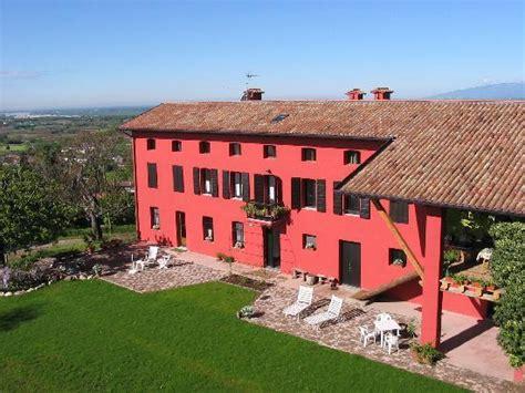 casa rossa ai colli fruit served foto di agriturismo casa rossa ai colli