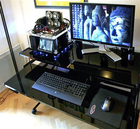 pc bureau gamer bureau pour pc gamer le des geeks et des gamers