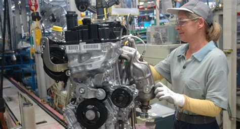 Toyota 3 Cylinder Toyota Starts Building New 3 Cylinder Engine For Aygo And