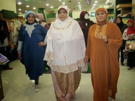 vidios orang gemuk memilih busana muslim untuk orang gendut
