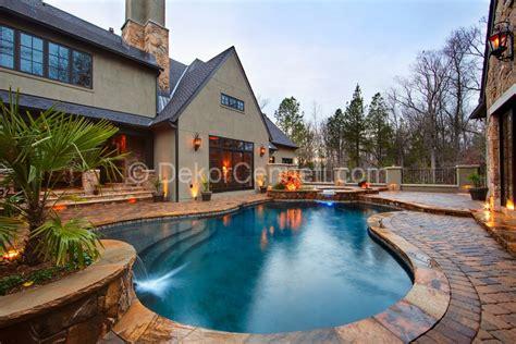 awesome backyards with pools havuzlu bah 231 e dekorasyonu 29 aral箟k 2017 dekorcennet箘