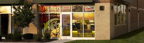 Hungry Howies Garden City Mi by Pizza Deals Coupons In Sterling Heights Mi Specials