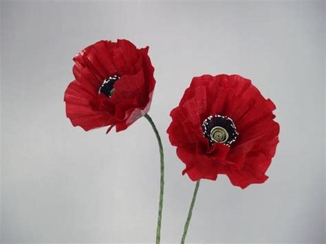 How To Make A Paper Poppy - how to make paper poppies curbly