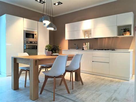 Cucina Liberamente - cucina scavolini moderna in laccato lucido liberamente