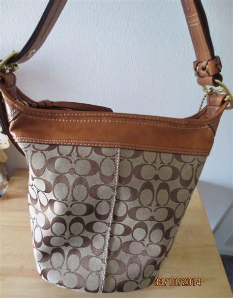 Coach Signature Massenger Bag Large Authentic Product new authentic coach designer signature c vachetta