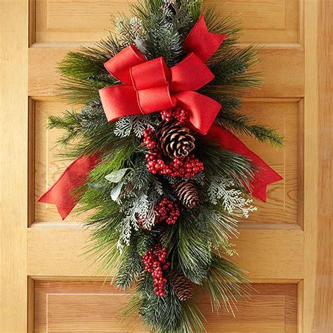 how to make a wreath base how to make a swag wreath