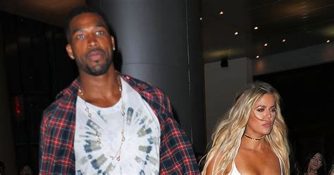 khloe kardashian kisses tristan thompson on snapchat us