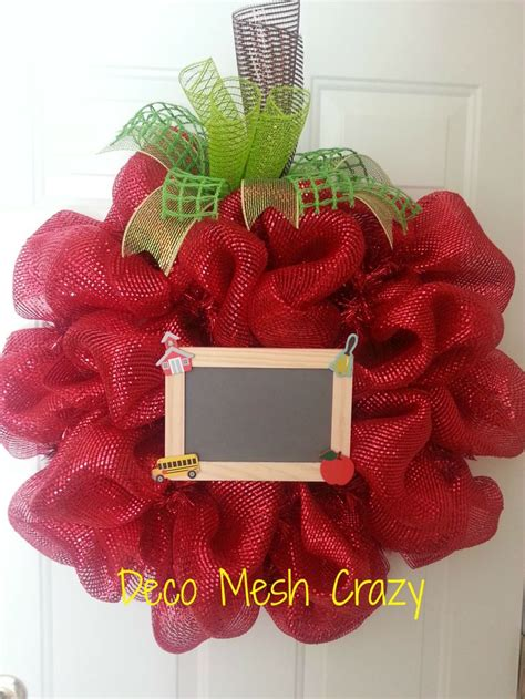 1000 images about school spirit wreaths on pinterest apples deco mesh and deco mesh wreaths