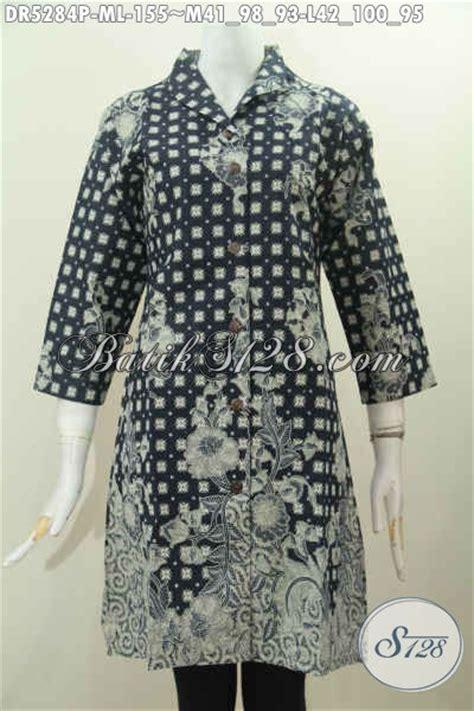 desain baju batik yang modis batik dress halus desain terusan kerah langsung yang modis