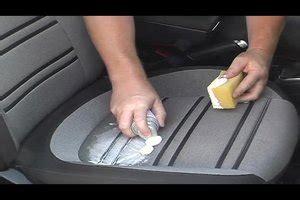 hoe reinig je een stoffen bank wat heb je te reinigen autostoelen zo de pads zijn