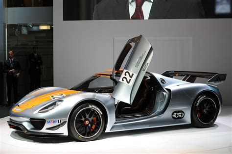 porsche 918 rsr binary porsche 918 rsr revealed at detroit auto show extravaganzi