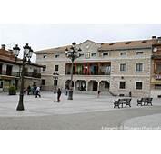 Manzanares El Real Plaza Del Ayuntamiento  Espa&241a