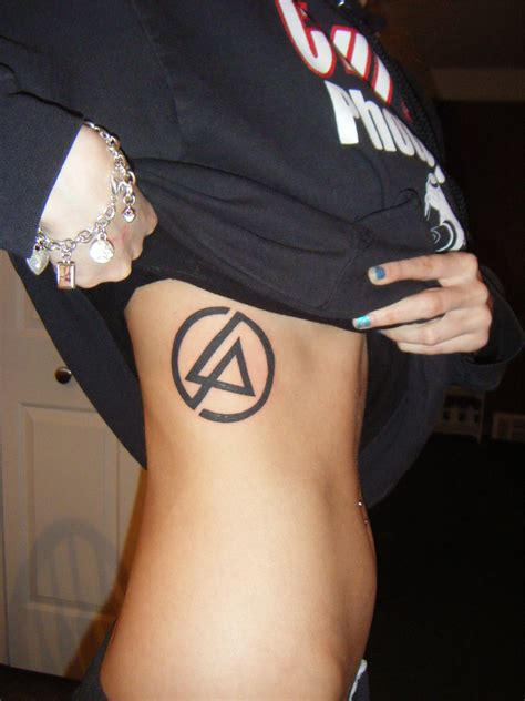 tattoo removal chester linkin park like it loud linkin