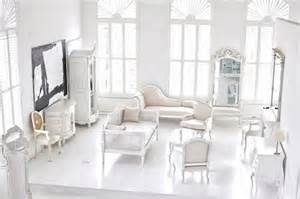 living white room: airy living room white beighe style images