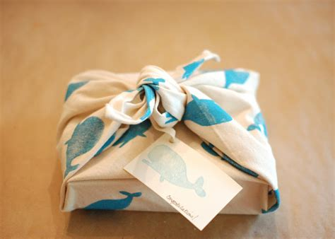 unique baby shower gift wrapping ideas baby shower gifts and clever gift wrapping ideas
