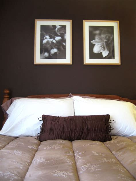 amazing beidge color brown wall paint bedroom flower portrait white pillows
