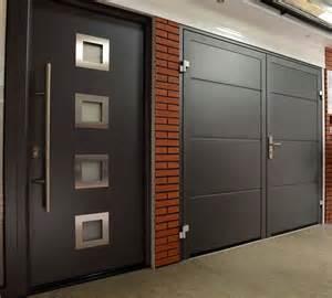 Garage Door Express Express Garage Doors Side Hinged Garage Doors And Side