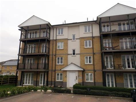 2 bedroom flat colchester 2 bedroom flat for sale in leonard place clarendon way