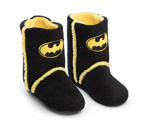 batman slippers batman boot slippers thinkgeek