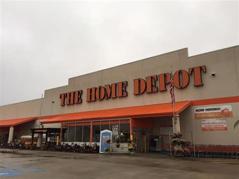 the home depot at 8181 airline highway baton la on