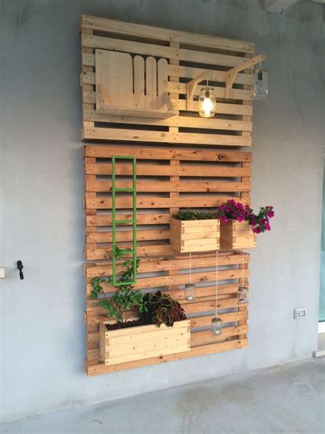 vasi verticali fioriera verticale con pallet ecco 20 idee creative