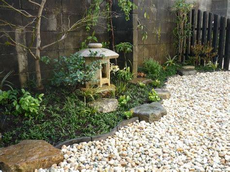 small backyard zen garden 1000 images about small zen gardens on