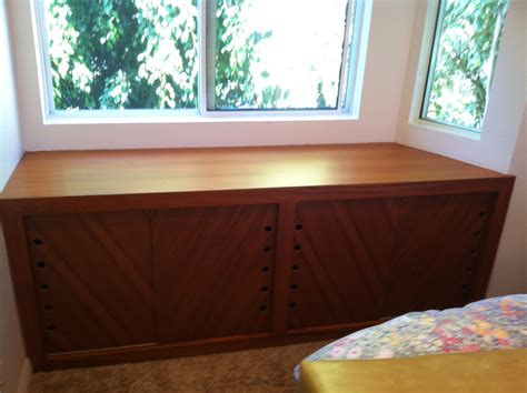 how to make a window bench how to make a bay window bench seat