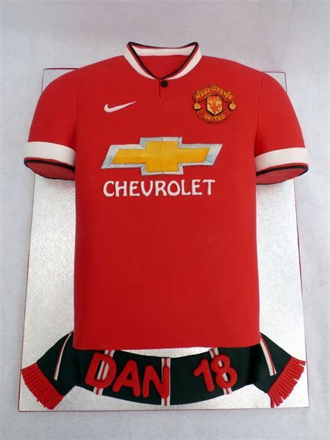 ideas manchester best 25 manchester united cake ideas on