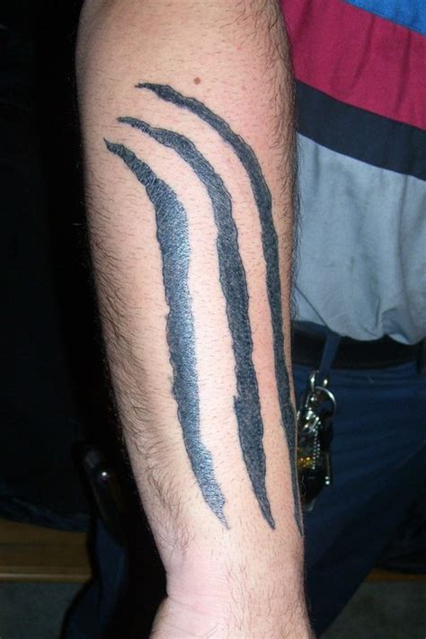 tribal marking tattoos wolf claw