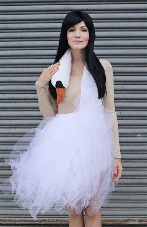 White Swan Dress bjork swan dress costume tutorial a beautiful mess