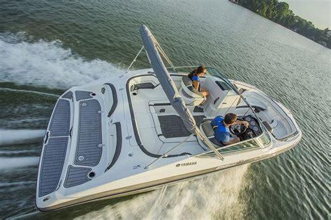 yamaha boat motor performance 32 best yamaha boats images on pinterest boats engine