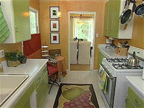 design on a dime kitchen ideas family kitchen chicdecoratinghgtv canada the smart
