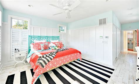 turquoise white stripe bedroom interior design ideas turquoise beach inspired bedroom striped black and white